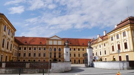 2014-08-29-nr05-CZ-Jaromerice nad Rokytnou-Schloss